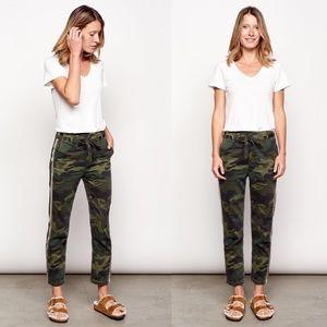 Sundry L'automne Camo Print Gold Stripe Pants 26
